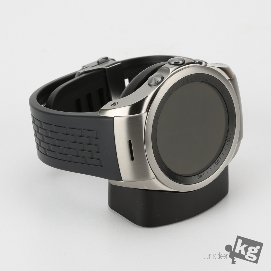 lg-watch-urbane-lte-unboxing-pic7.jpg