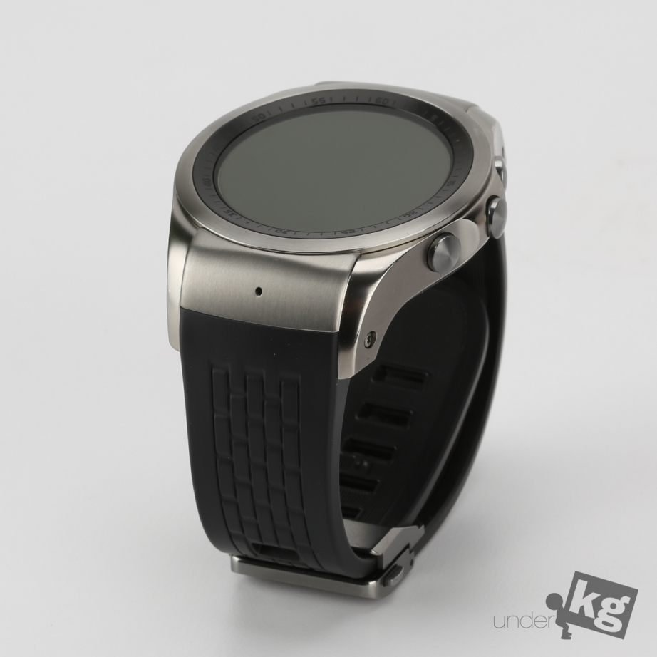 lg-watch-urbane-lte-unboxing-pic3.jpg