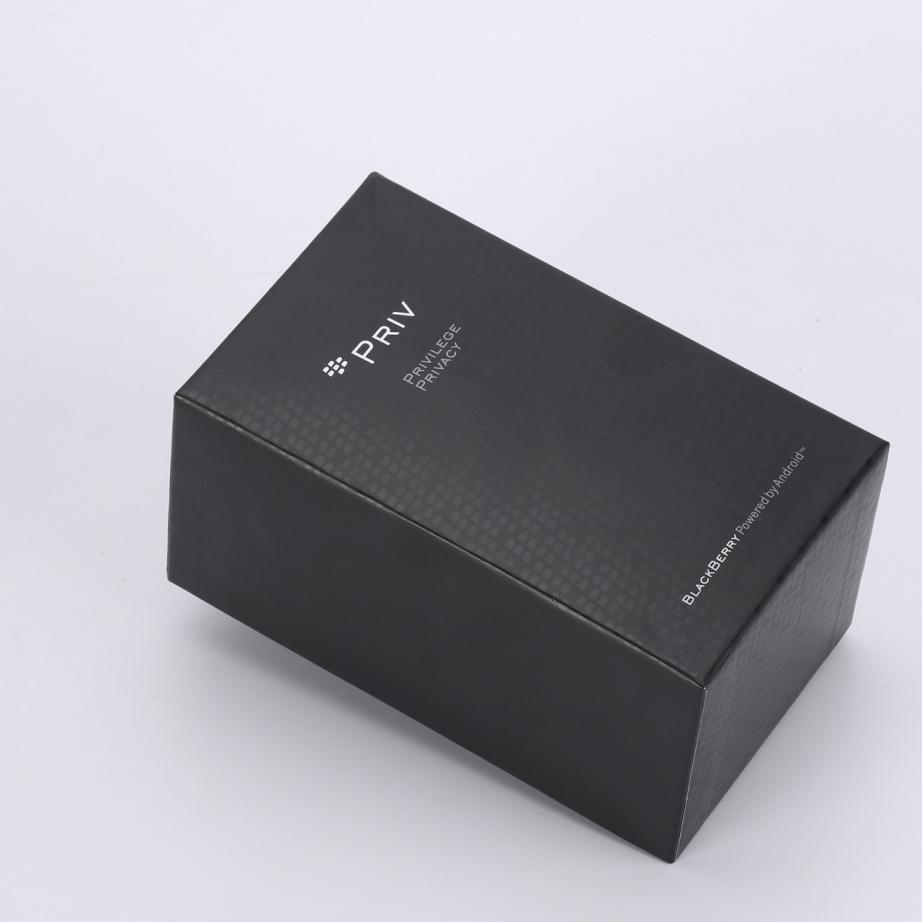 blackberry-priv-unboxing-pic1.jpg