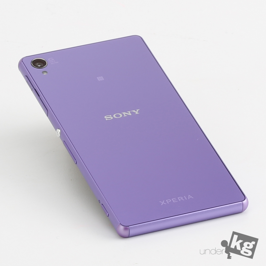 sony-xperia-z3-hand-on-pic3.jpg