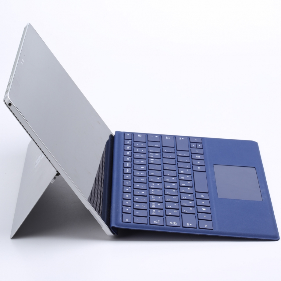 microsoft-surface-pro-4-unboxing-pic8.jpg