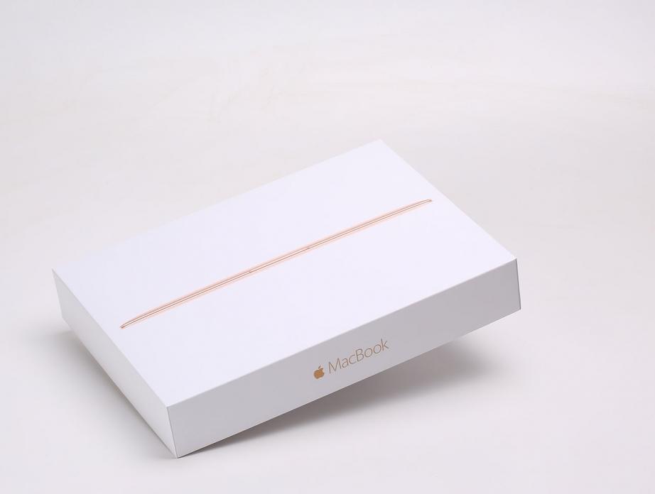 apple-macbook-2016-unboxing-pic1.jpg