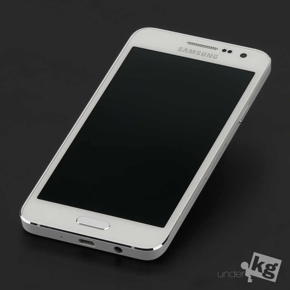 samsung-galaxy-a3-unboxing-pic4.jpg