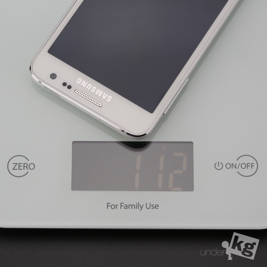 samsung-galaxy-a3-unboxing-pic7.jpg