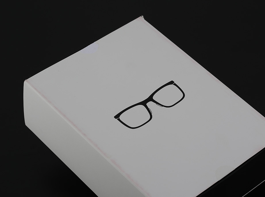 google-glass-unboxing-pic2.jpg