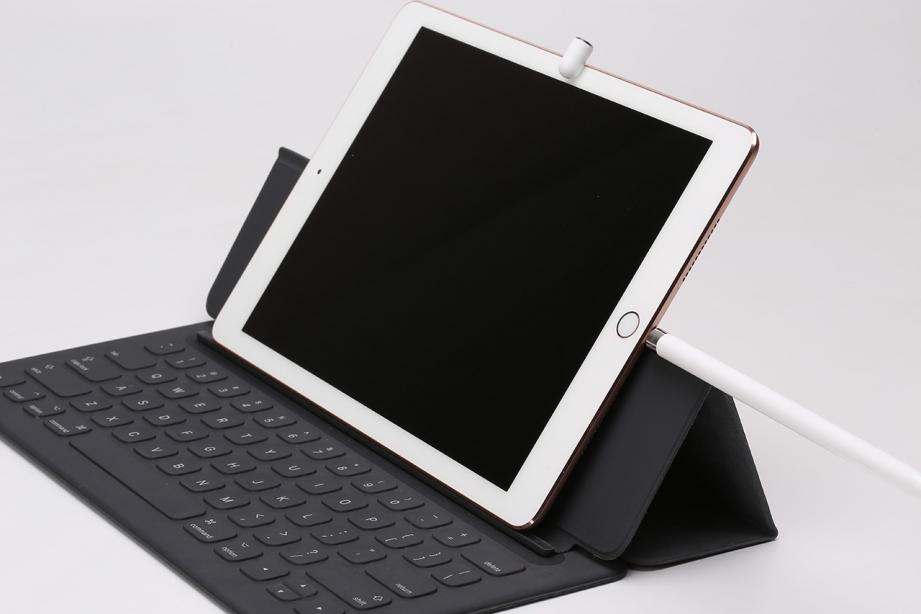 apple-ipad-pro-97-unboxing-pic11.jpg