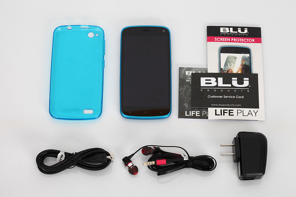 BLU-Life-Play-L100i-unboxing-pic2.jpg