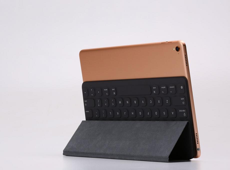 apple_smart_keyboard_97_unboxing_pic10.jpg