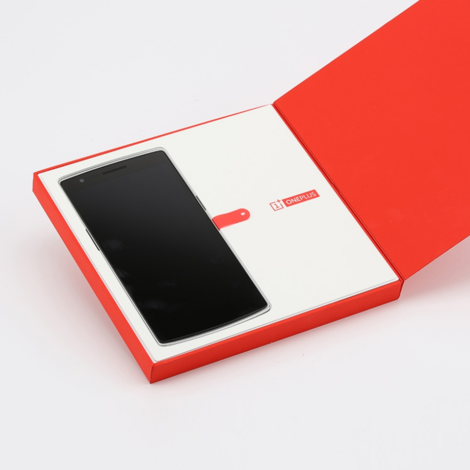 oneplus-one-unboxing-pic3.jpg