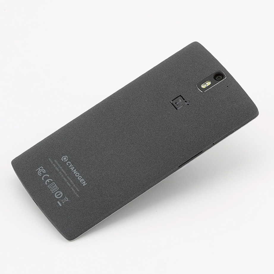 oneplus-one-unboxing-pic8.jpg