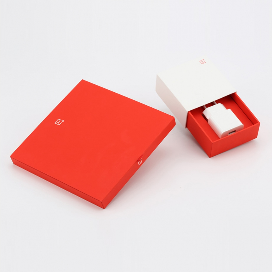 oneplus-one-unboxing-pic2.jpg