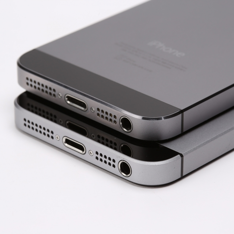 apple-iphone-se-unboxing-pic15.jpg