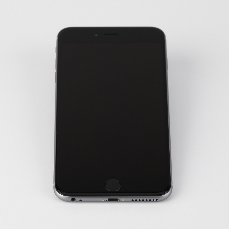 apple-iphone-6-plus-hands-on-pic1.jpg