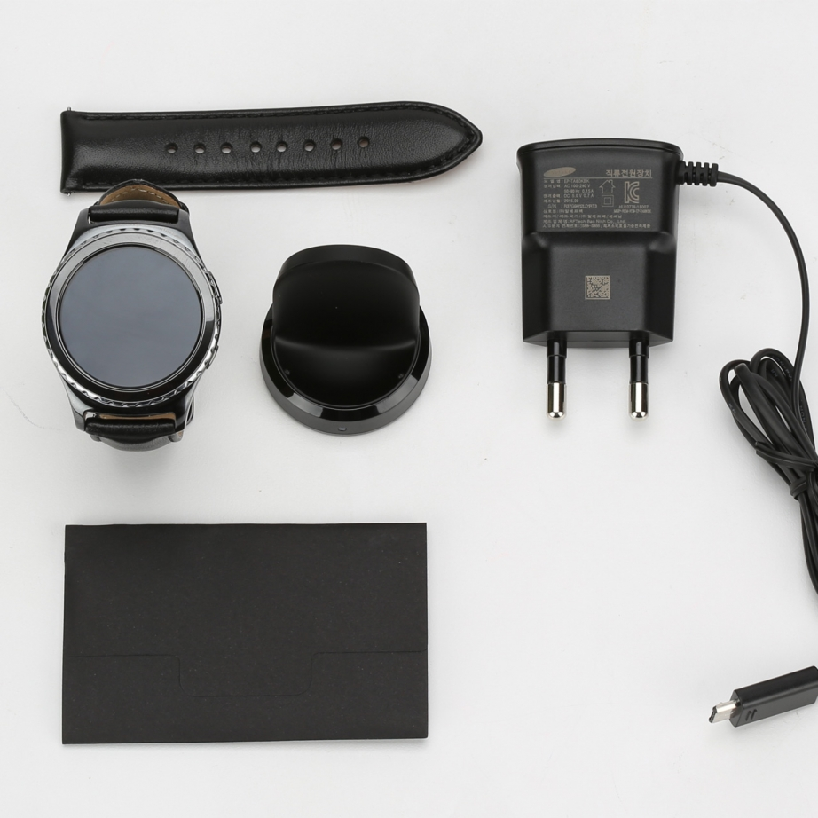 samsung-gear-s2-classic-unboxing-pic2.jpg