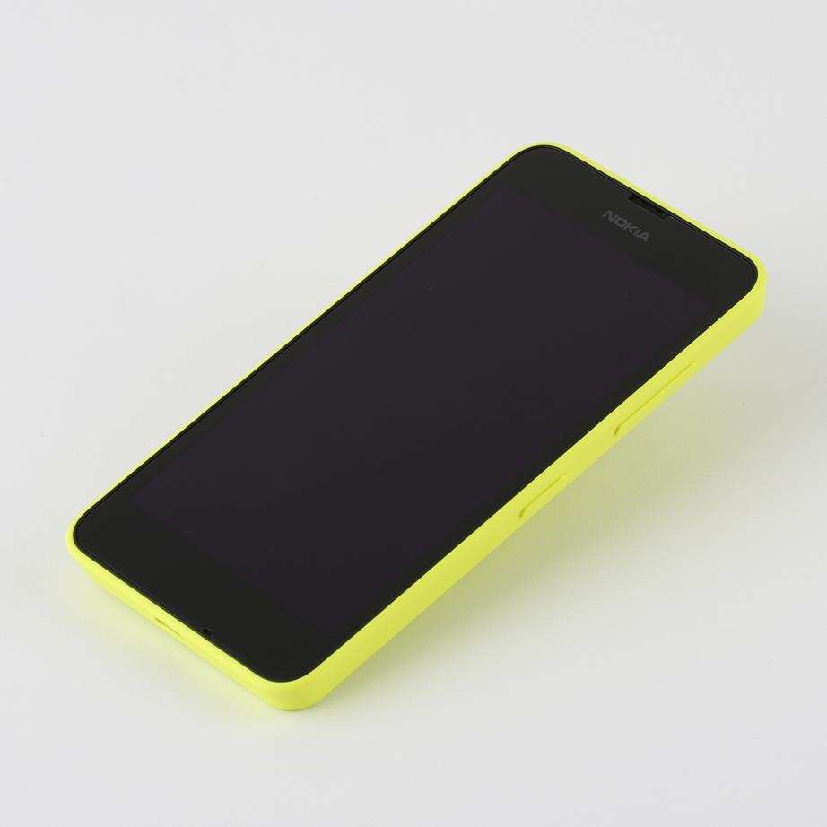 nokia-lumia-630-unboxing-pic3.jpg