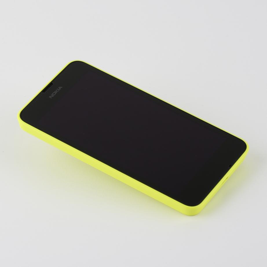 nokia-lumia-630-unboxing-pic4.jpg