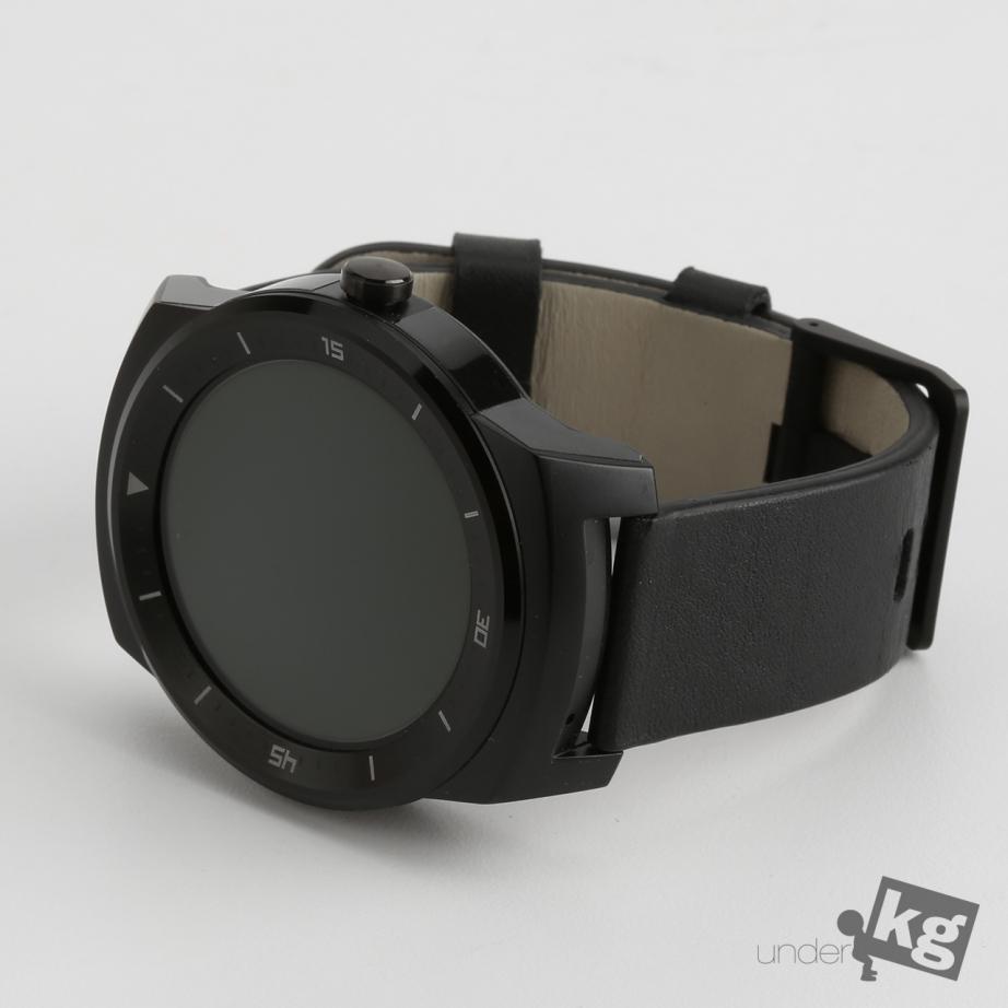 lg-g-watch-r-review-pic1.jpg