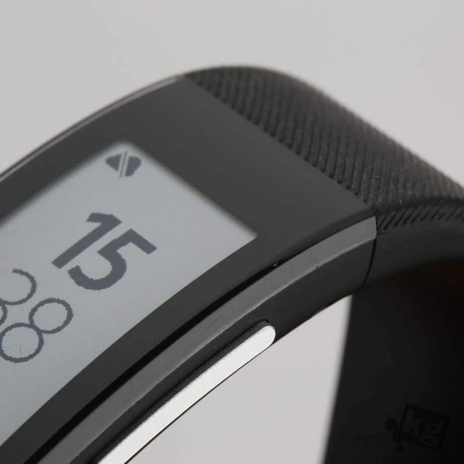 sony-smartband-talk-review-pic6.jpg
