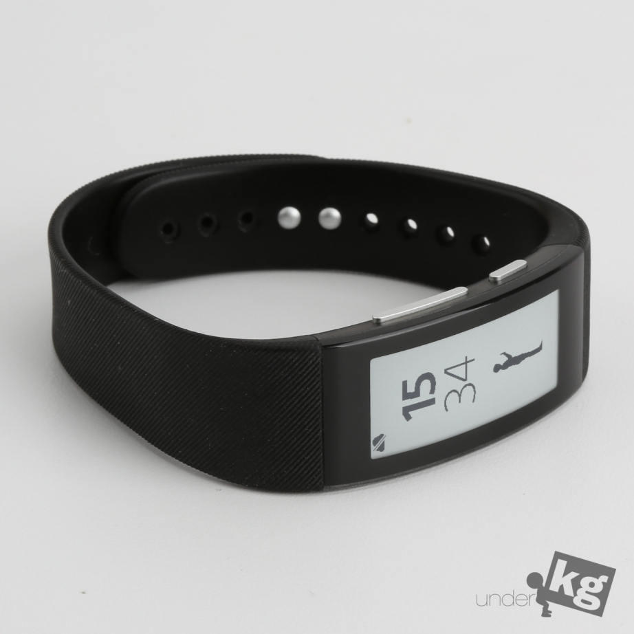 sony-smartband-talk-review-pic1.jpg