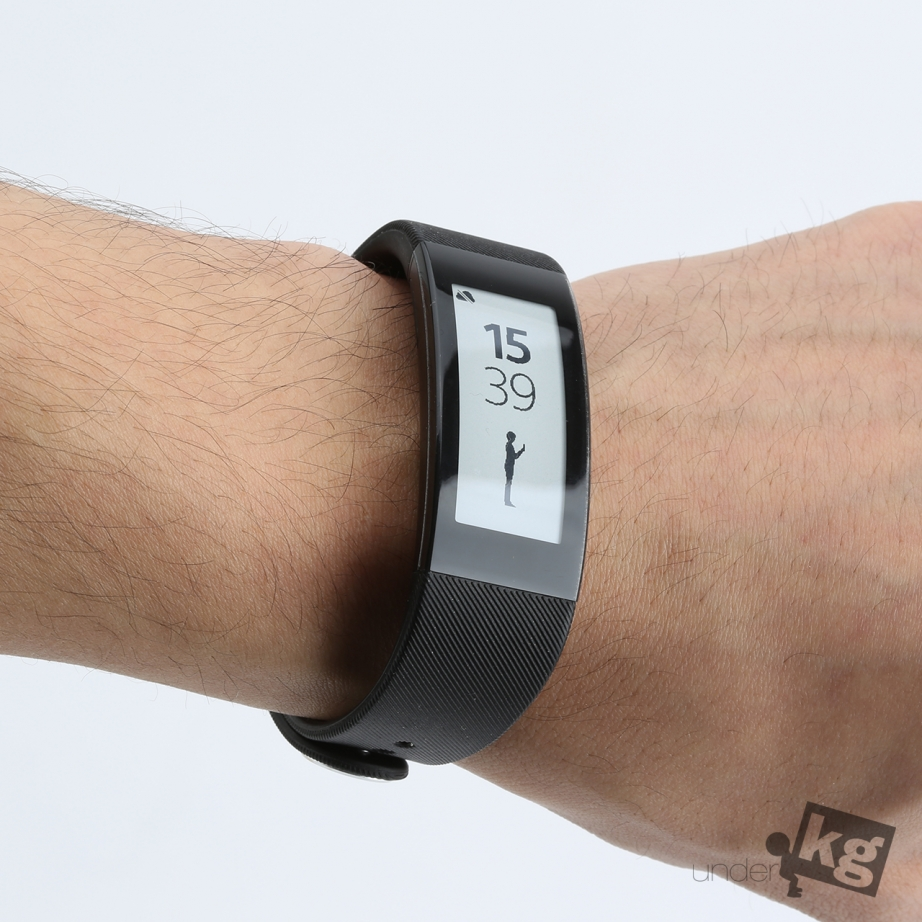 sony-smartband-talk-review-pic9.jpg