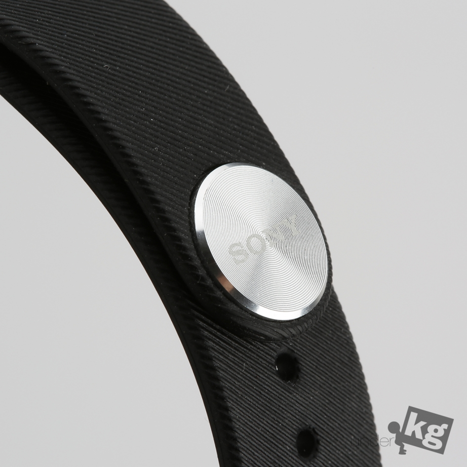 sony-smartband-talk-review-pic4.jpg