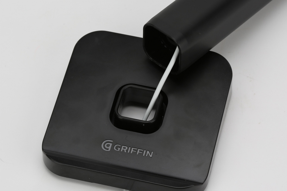 griffin-apple-watch-stand-pic3.jpg