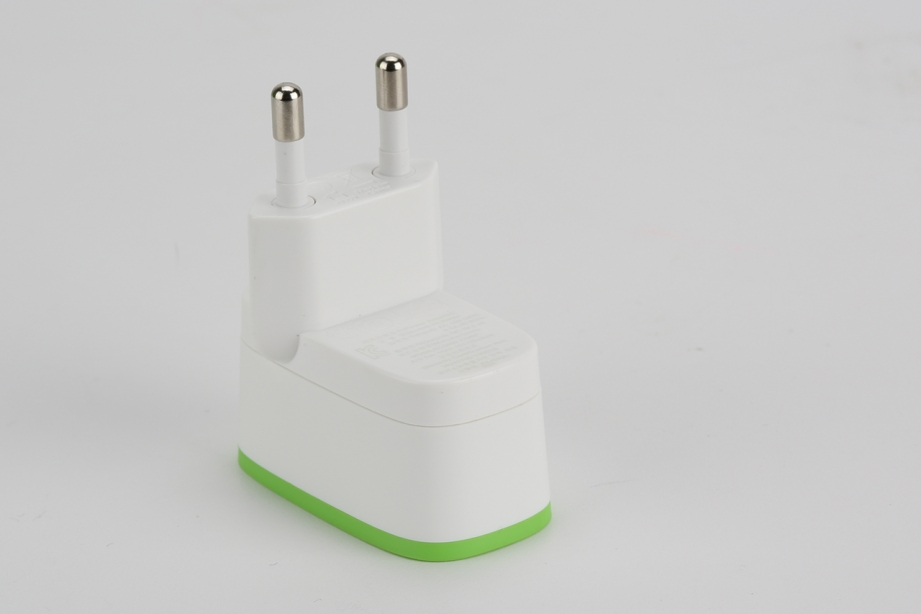belkin-boost-up-home-chager-cable-05.jpg