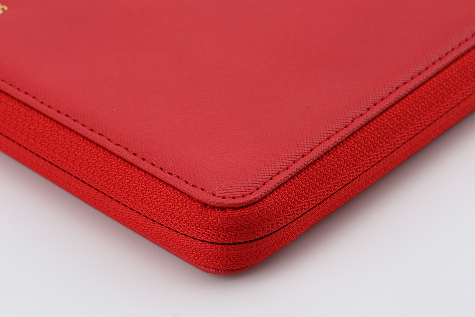 larus_canus_leather_auto_sleeve_macbook_08.jpg