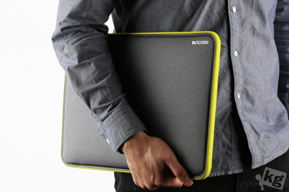 incase-icon-sleeve-pic15.jpg