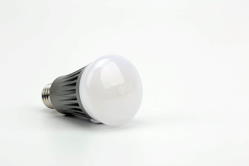 lg_smart lamp_03.jpg