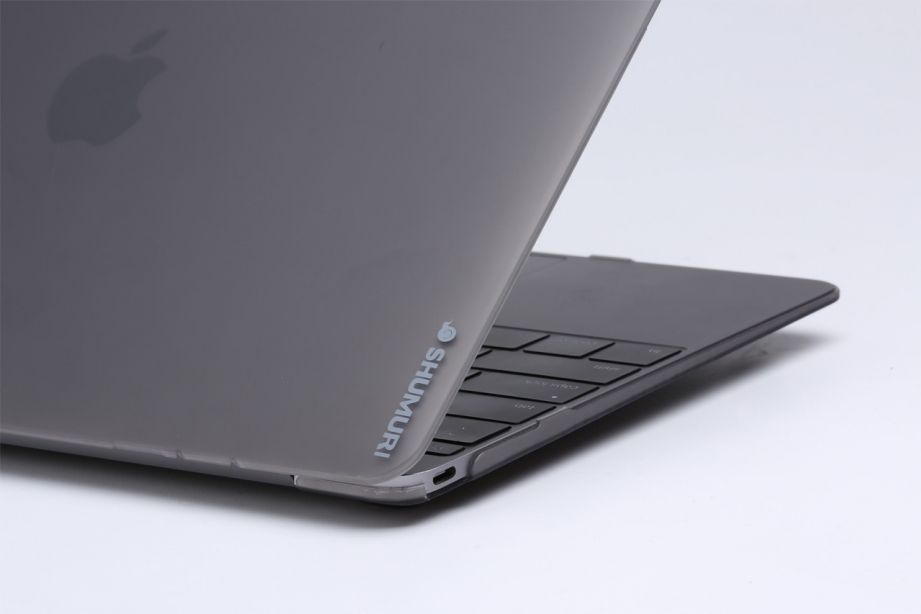 shumuri-slim-shell-macbook-case-preview-pic5.jpg
