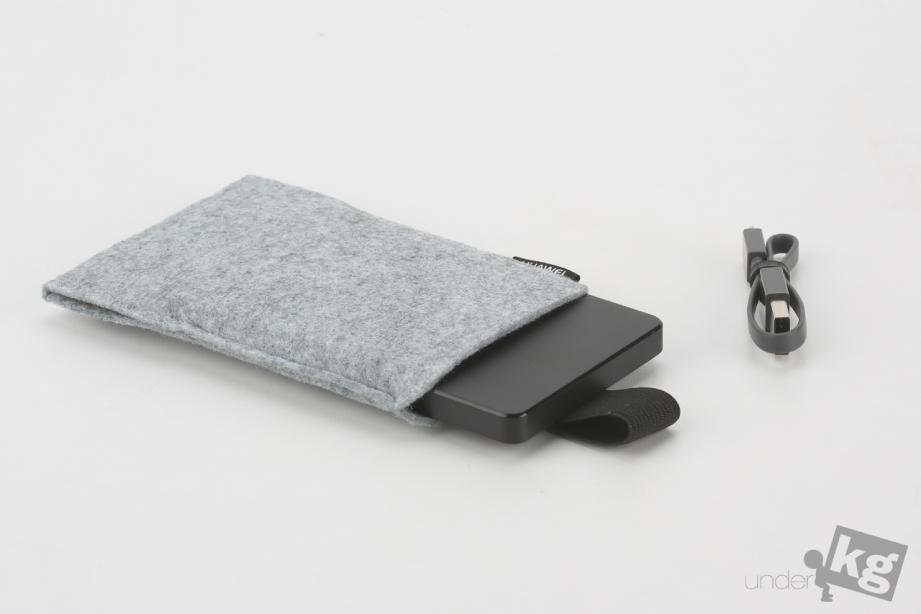 huawei-ultra-slim-mobile-power-supply -ap006-pic16.jpg