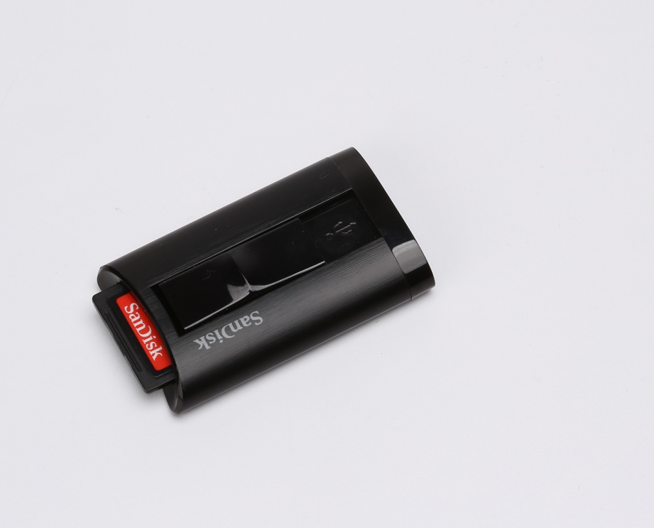 sandisk-extreme-pro-sdxc-uhs-ii-card-and-reader-preview-pic4.jpg