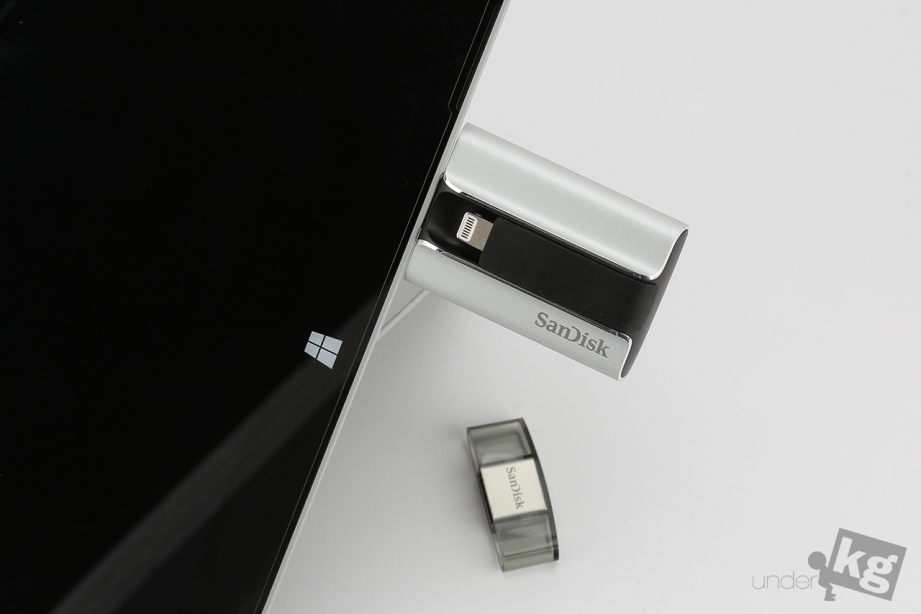 sandisk-ixpand-flash0drive-pic16.jpg