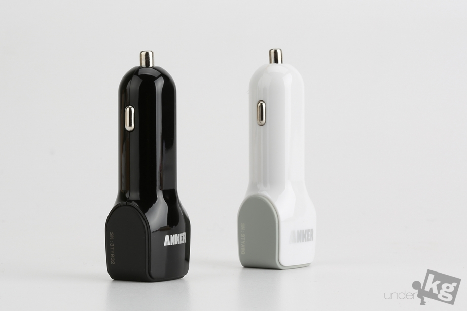 anker-dual-port-car-charger-pic4.jpg