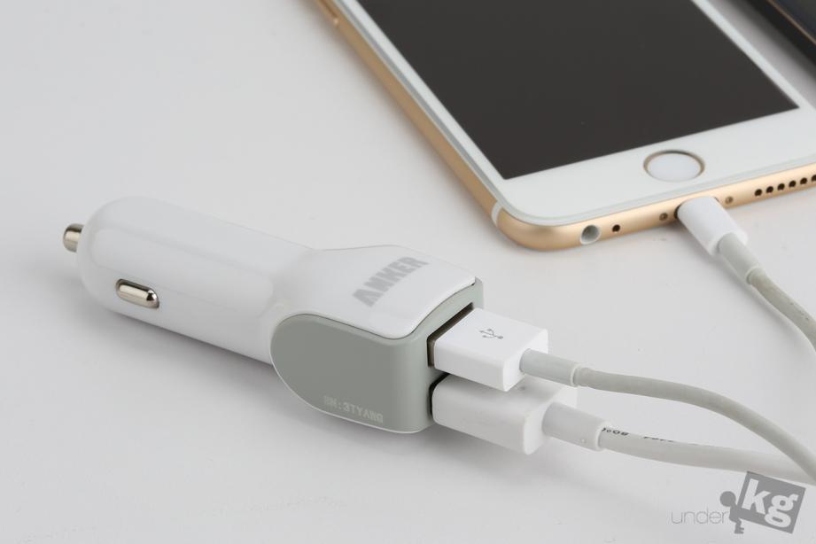 anker-dual-port-car-charger-pic10.jpg