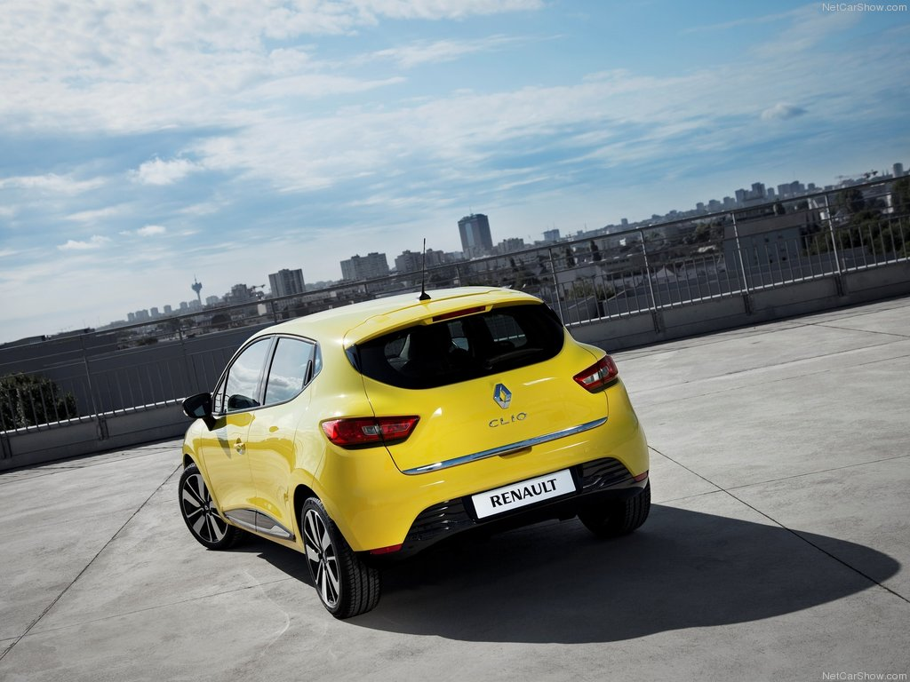 Renault-Clio_2013_1024x768_wallpaper_1e[1].jpg