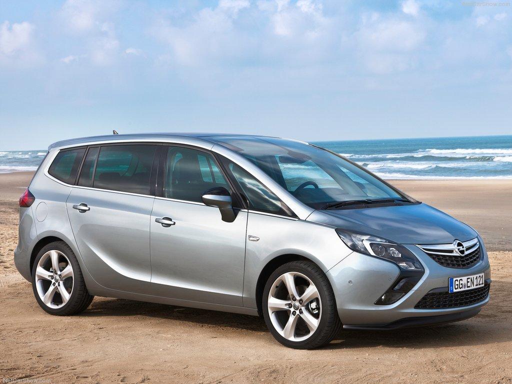 Opel-Zafira_Tourer_2012_1024x768_wallpaper_0b[1].jpg