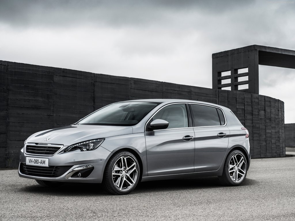 Peugeot-308_2014_1024x768_wallpaper_02[1].jpg