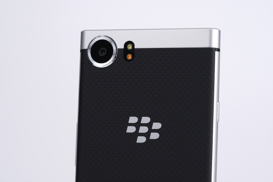 blackberry-keyone-unboxing-pic20.jpg