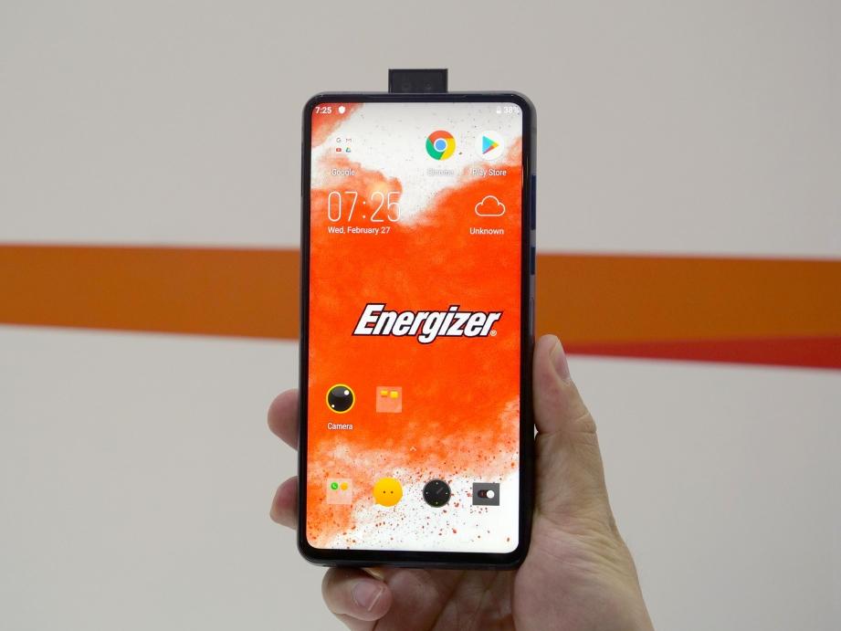 energizer-powermax-p18k-pop-handson-pic2.jpg