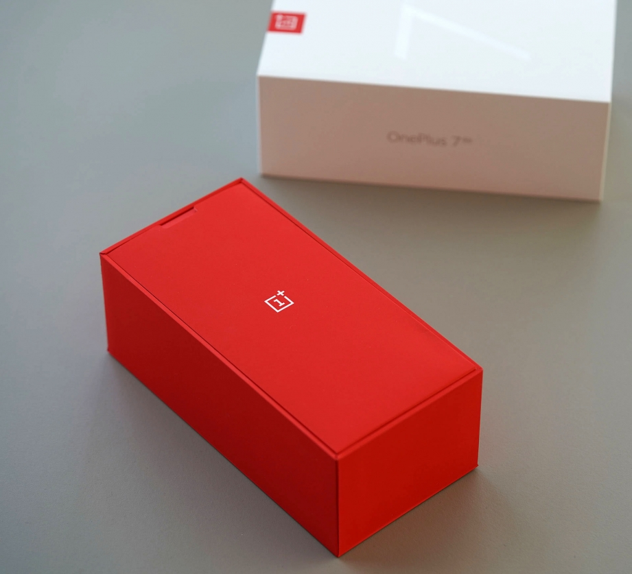 oneplus-7-pro-unboxing-pic4.jpg