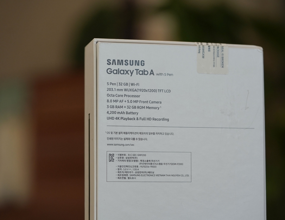 amsung-galaxy-taba-with-spen-80-unboxing-pic2.jpg