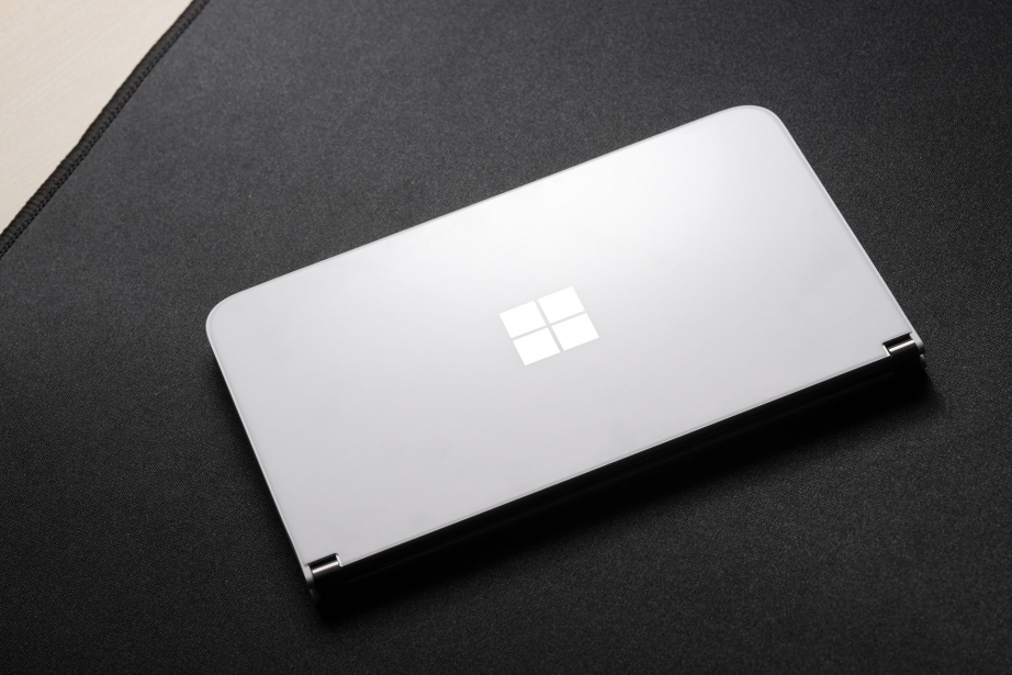 microsoft-surface-duo-unboxing-pic8.jpg