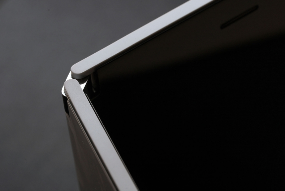 microsoft-surface-duo-unboxing-pic10.jpg