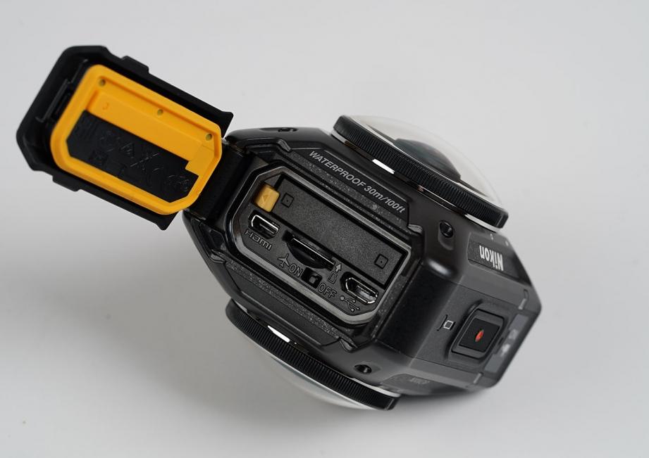 nikon-keymission-360-unboxing-pic7.jpg