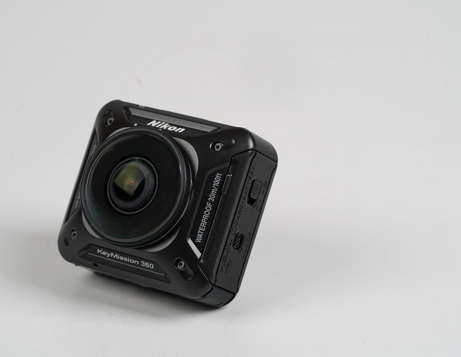 nikon-keymission-360-unboxing-pic3.jpg