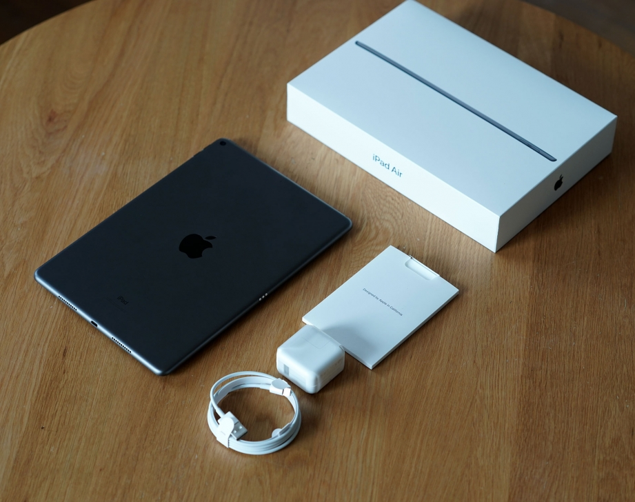 apple-ipad-air-gen3-unboxing-pic3.jpg
