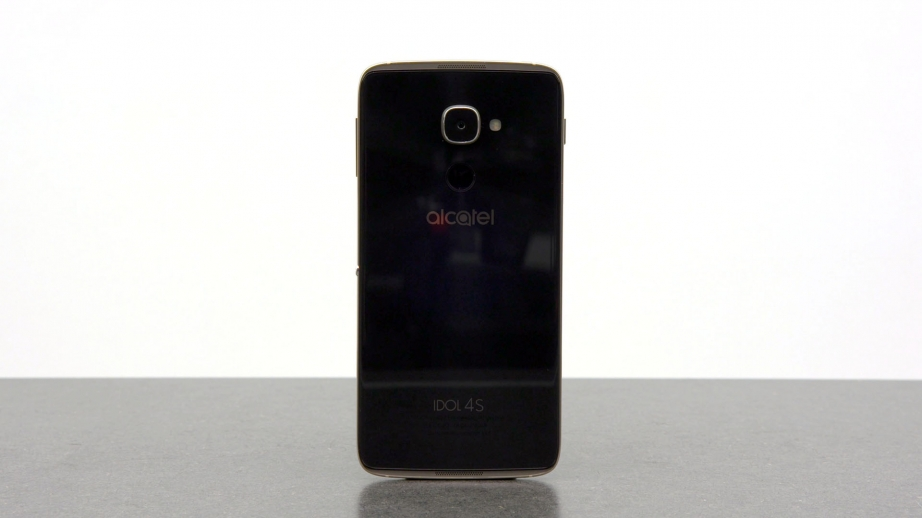 alcatel-idol-4s-with-windows-10-unboxing-pic2.jpg