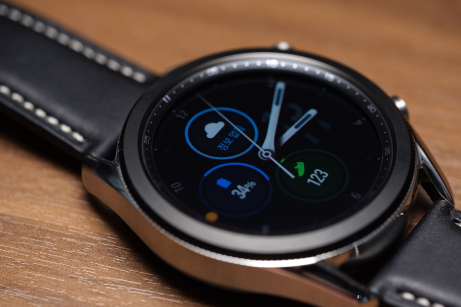 samsung-galaxy-watch3-unboxing-pic9.jpg